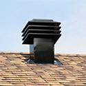 Des conduits de ventilation et de cheminées